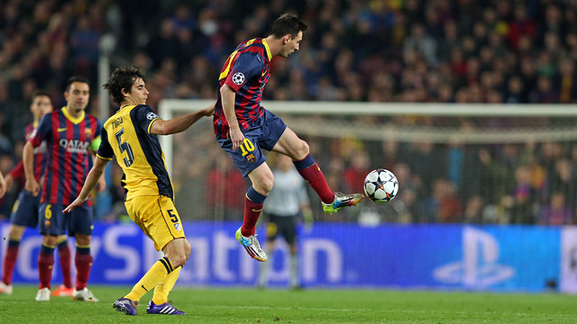 Messi and Tiago met in the Champions League at the Camp Nou. PHOTO: MIGUEL RUIZ-FCB.