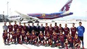 The players got a close look at the Qatar Airways Boeing 777 painted in the Barça colours