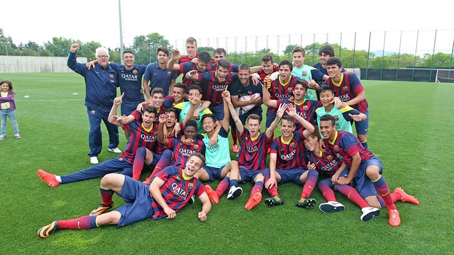 The Juvenil B (U17) had to come from behind to win their league title / PHOTO: MIGUEL RUIZ - FCB