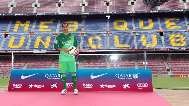 Claudio Bravo, al Camp Nou. FOTO: MIGUEL RUIZ-FCB.