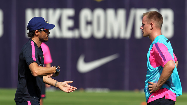 Luis Enrique says he still needs time to get to know Ter Stegen  / PHOTO: MIGUEL RUIZ - FCB