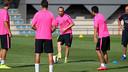 Iniesta, durante un rondo / FOTO: MIGUEL RUIZ-FCB
