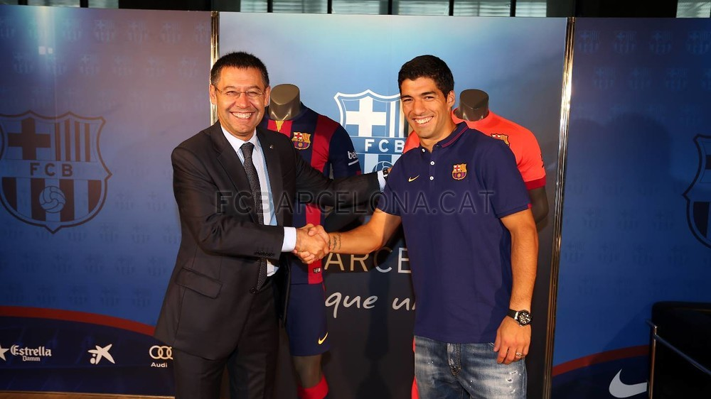 http://media3.fcbarcelona.com/media/asset_publics/resources/000/116/228/size_1000x562/2014-08-19_LUIS_SUAREZ_08-Optimized.v1408448096.JPG
