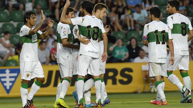 Els jugadors de l'Elx celebren un gol d'aquesta pretemporada contra el Vila-real