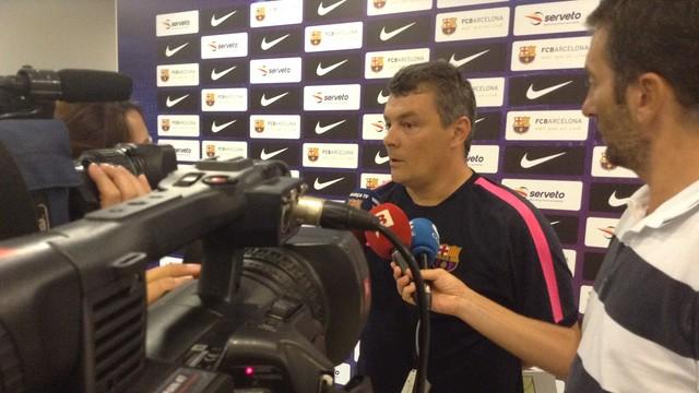 Pascual amb els mitjans informatius. / FOTO:FCB