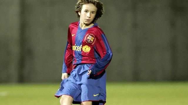 Samper, amb l'Infantil del Barça / FOTO: ARXIU FCB