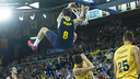 Hezonja delighted the crowd with some spectacular basketball / PHOTO: VÍCTOR SALGADO - FCB