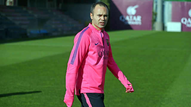 Iniesta worked out along side his teammates this morning. PHOTO: MIGUEL RUIZ-FCB.
