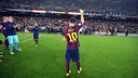 Leo Messi took a moment to thank the fans at Camp Nou after breaking the record / PHOTO: MIGUEL RUIZ-FCB