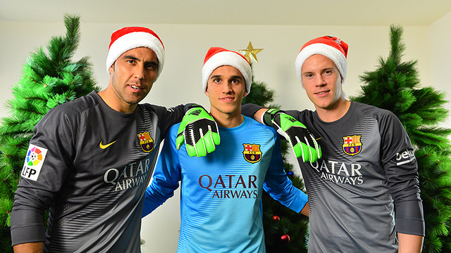 The FC Barcelona goalkeepers wish you Merry Christmas / FCB-MIGUEL RUIZ