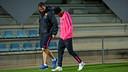 Neymar s'est retiré de l'entraînement, souffrant de la cheville gauche / PHOTO: MIGUEL RUIZ - FCB