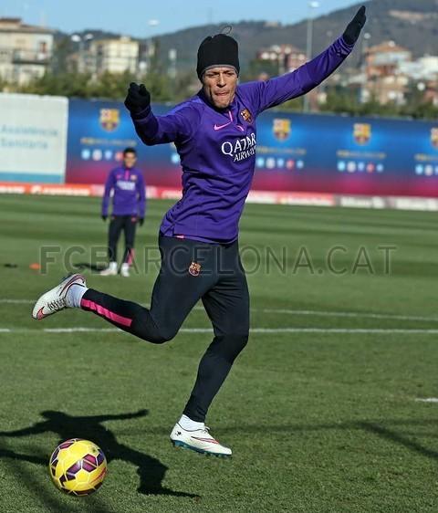 الدورة التدريبية الأخيرة لبرشلونة قبل مواجهة إلتشي Pic_2015-01-23_ENTRENO_10-Optimized.v1422013466