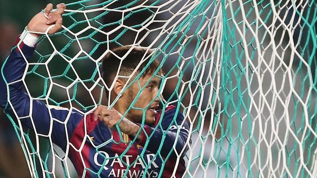 Neymar's double helped Barça cruise to victory over Elche. /  PHOTO: MIGUEL RUIZ-FCB