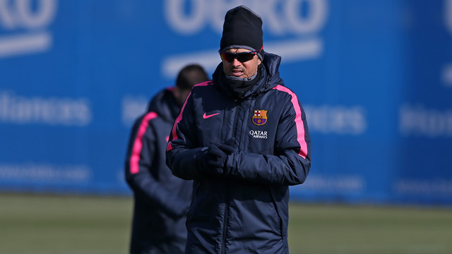 Luis Enrique was speaking to the press after the team trained on a bitterly cold Saturday morning/ MIGUEL RUIZ - FCB