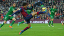 Pedro provided the assist for Messi to score against Levante / MIGUEL RUIZ-FCB