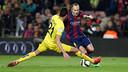 Andrés Iniesta dribbles around a defender in Barça's recent match versus Villarreal at Camp Nou. / MIGUEL RUIZ - FCB