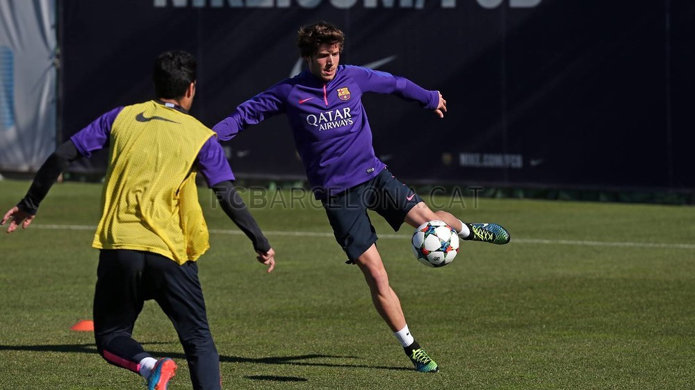 تدريبات برشلونة تشهد غياب ألبا 2015-02-22_ENTRENO_15-Optimized.v1424606307