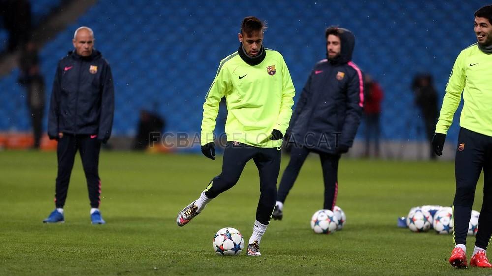 صور : أجواء رائعة في تدريبات برشلونة على ملعب الاتحاد MRG11826-Optimized.v1424722075