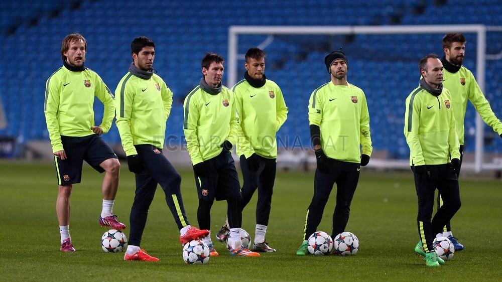 صور : أجواء رائعة في تدريبات برشلونة على ملعب الاتحاد MRG12008-Optimized.v1424723000