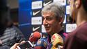 Jordi Vinyals atendiendo a los medios este viernes en el Miniestadi / GERMÁN PARGA-FCB