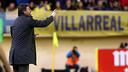 Luis Enrique watches from the sideline at El Madrigal. / MIGUEL RUIZ-FCB