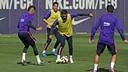 Neymar Jr volverá a estar disponible en Ipurúa, mientras que Alves será baja por sanción / MIGUEL RUIZ-FCB
