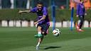 Dani Alves pendant l'entrainement / MIGUEL RUIZ - FCB