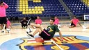The futsal players were treated to a freestyle display / FCB