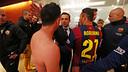 Sergi saluda a Xavi / MIGUEL RUIZ-FCB
