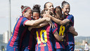 The team celebrate with Sonia after one of her four goals against Sevilla/ VÍCTOR SALGADO - FCB