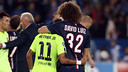 Neymar Jr and fellow Brazilian David Luiz during the encounter in the group stage / MIGUEL RUIZ-FCB