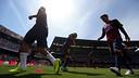 Le FC Barcelone à l'échauffement avant d'affronter le FC Valence / MIGUEL RUIZ-FCB