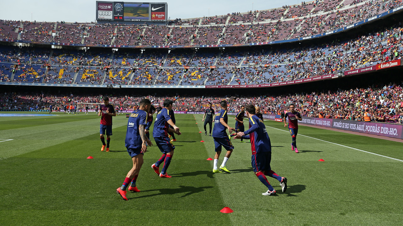 Els jugadors, abans del partit contra el València / MIGUEL RUIZ - FCB