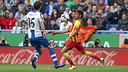 Neymar settles the ball in a last year's match at Espanyol. / MIGUEL RUIZ-FCB