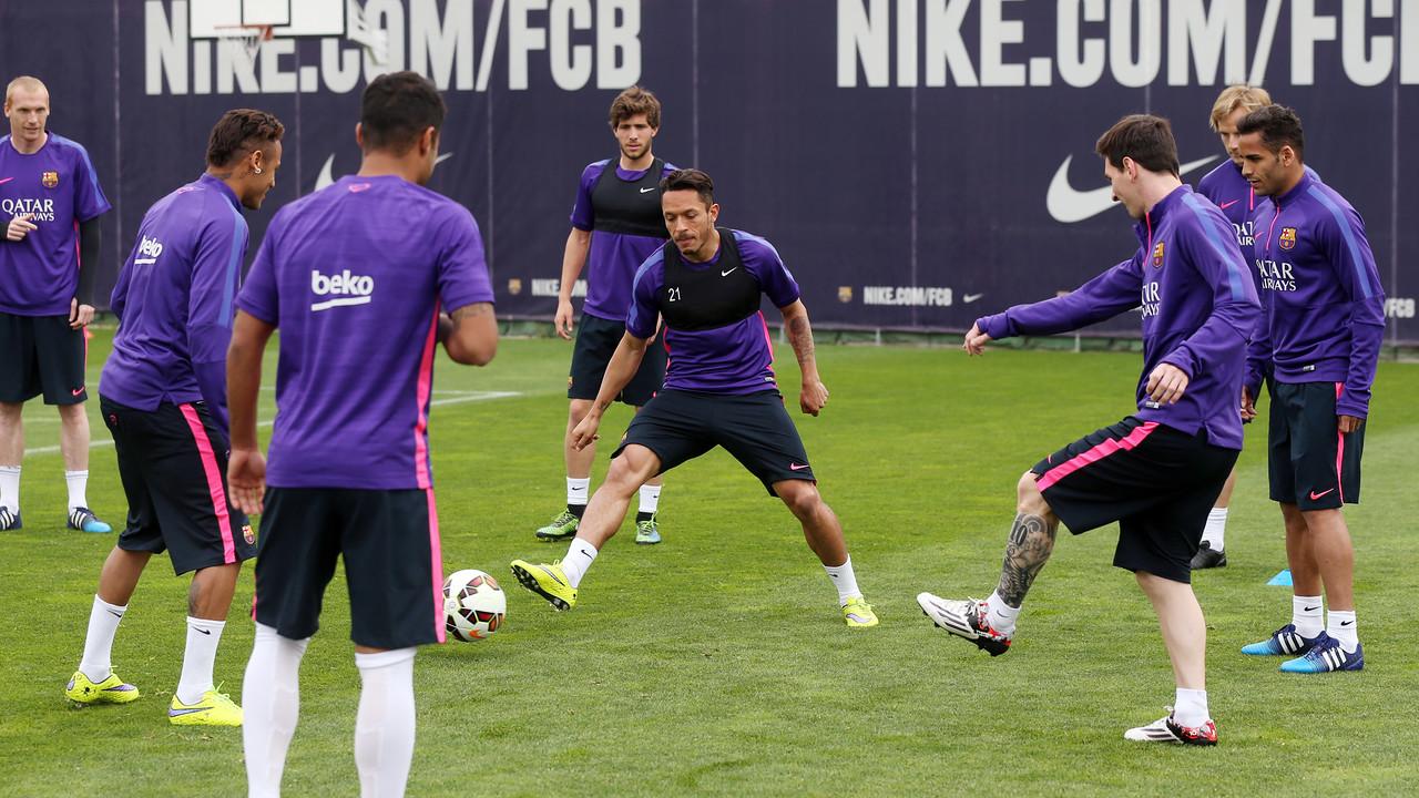 Els jugadors, en un entrenament del primer equip / MIGUEL RUIZ - FCB