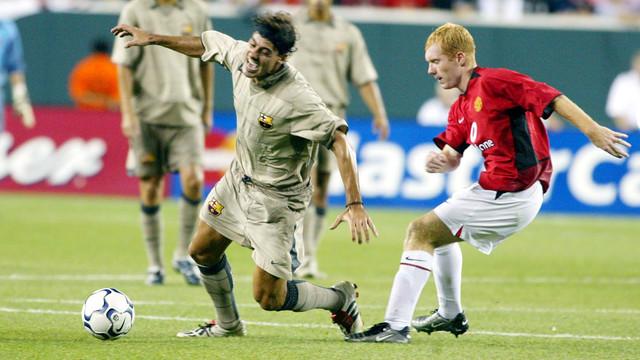 Dani Garcia in the 2003/04 preseason versus Manchester United. / FCB ARCHIVE