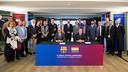 Cardoner, Pont, and representatives from society during the signing ceremony at Camp Nou. / GERMÁN PARGA / FCB