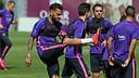 Dani Alves, pendant l'entrainement / MIGUEL RUIZ-FCB