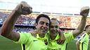 Captains Xavi and Iniesta celebrate their latest league title / MIGUEL RUIZ - FCB