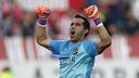 Claudio Bravo, el Trofeo Zamora de la Liga / MIGUEL RUIZ - FCB