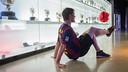 John Farnworth visits Camp Nou. CRISTINA GONZÁLEZ / FCB
