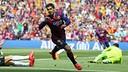 Luis Suárez celebrates a goal against Valencia. / MIGUEL RUIZ - FCB