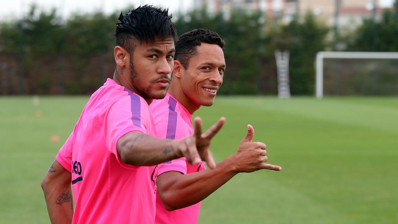 Neymar trains at the Ciutat Esportiva. / MIGUEL RUIZ-FCB