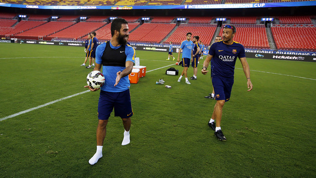Arda Turan and Luis Enrique in training / MIGUEL RUIZ-FCB