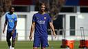 Gerard López durante el entreno de este viernes en la Ciudad Deportiva / MIGUEL RUIZ-FCB