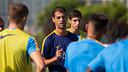 El técnico Gerard López confía en conseguir la primera victoria en el Mini / GERMÁN PARGA-FCB