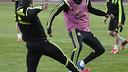 Jordi Alba y Marc Bartra, durante un entrenamiento con la selección española / SEFUTBOL.COM