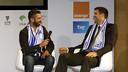Juan Carlos Navarro y Felipe Reyes bromean durante el acto / ACB