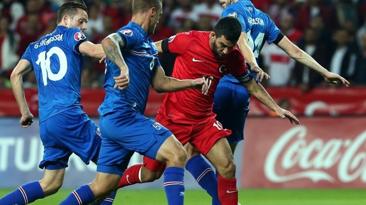 Arda Turan ha jugat els 90 minuts en la classificació de Turquia / FIFA.COM
