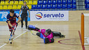 Pablo Álvarez in action against Càndid Ballart when the same two teams met at the Palau / ARXIU-FCB